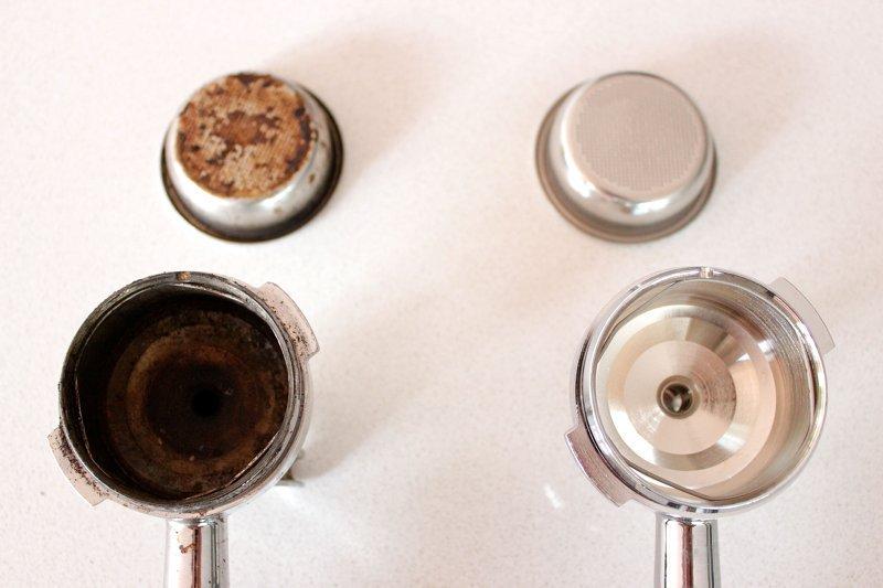 Как чистить кофемашину от масел